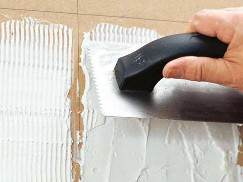 cách ốp gạch tường nhà vệ sinh