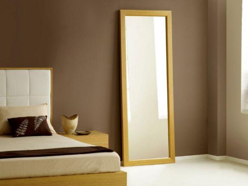 có nên đặt gương trong phòng ngủ
